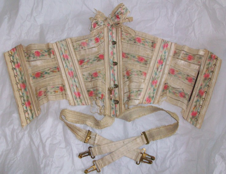 Ribbon corset imagem retirada do site historywardrobe